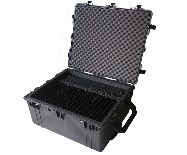 eXpress 20F-Portable case for 20 laptops: open shot